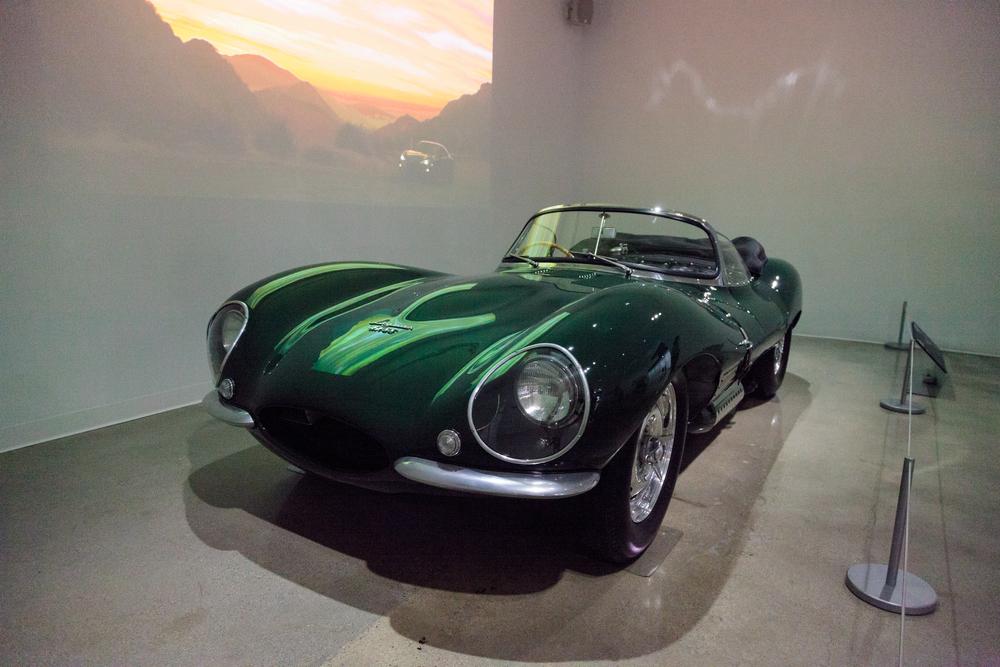 jaguar_xkss_001