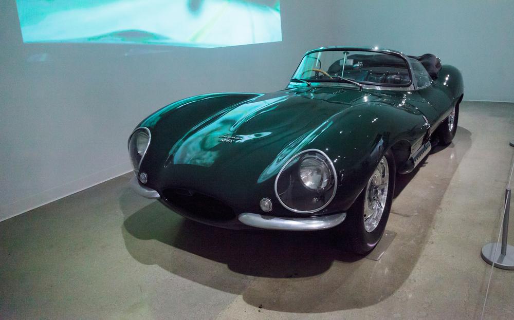 jaguar_xkss_002