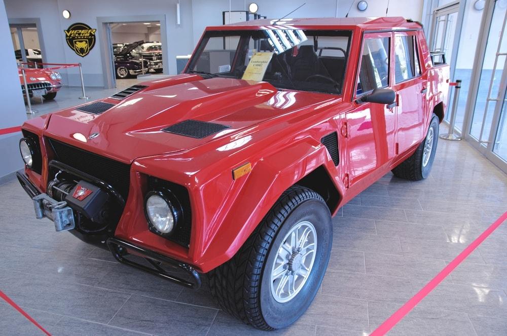 Lamborghini-LM002-006-min