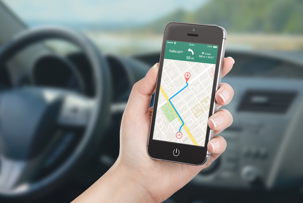 gps-phone-based-apps-waze-google-maps-traffic-routes