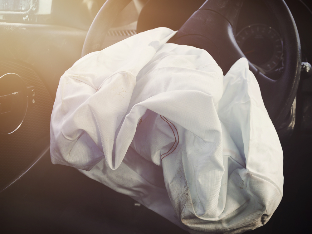 Front Airbag Defalted from Car Accident