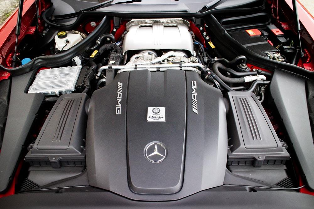 Mercedes GT-S engine