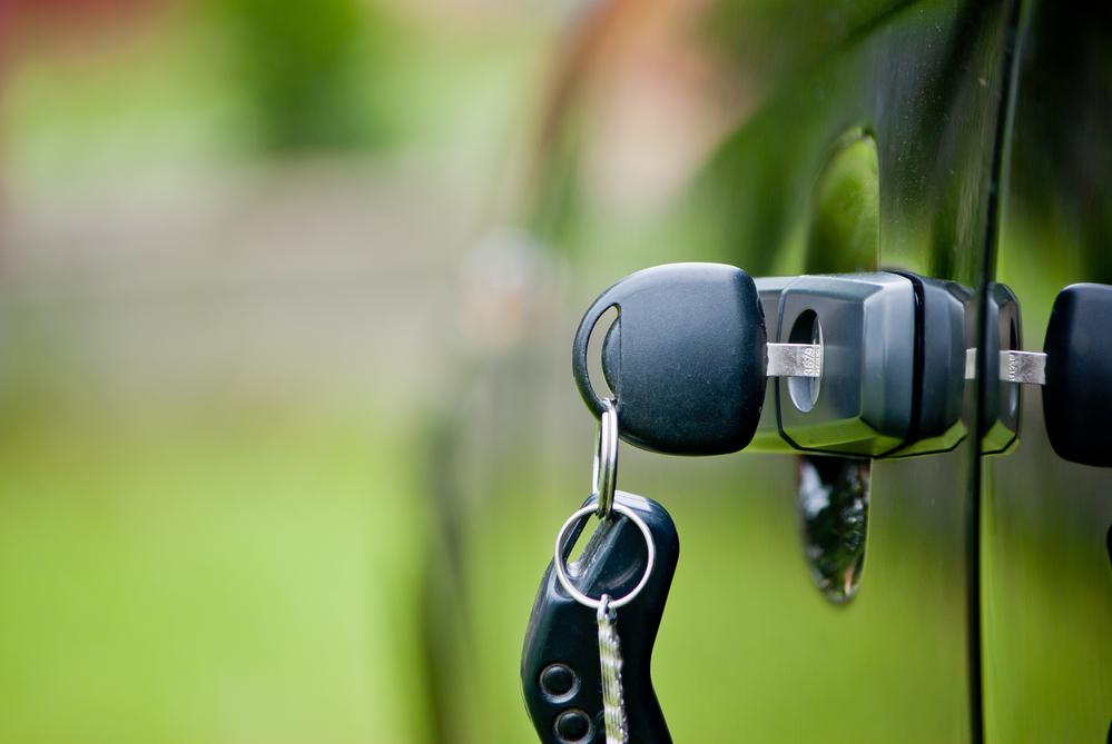 keys-left-in-lock