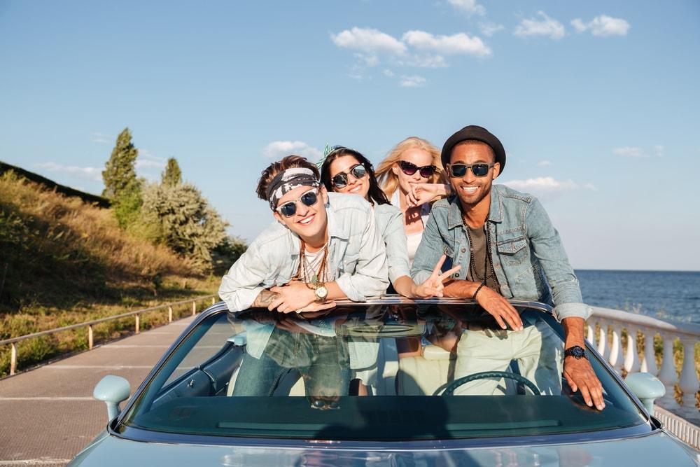 millennial-driving-min