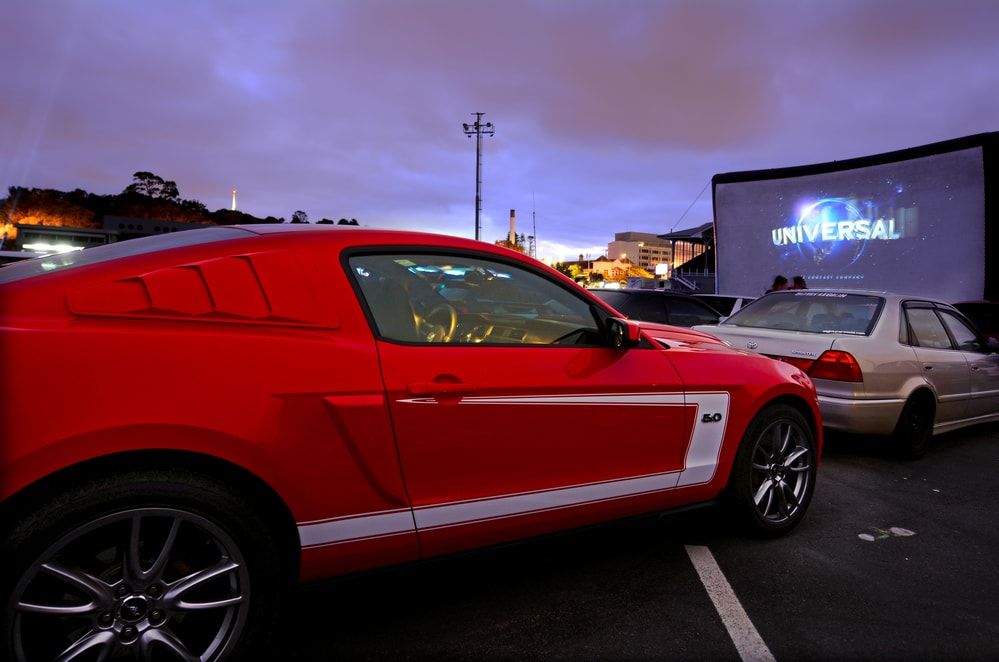 drive-in-theater-modern-min