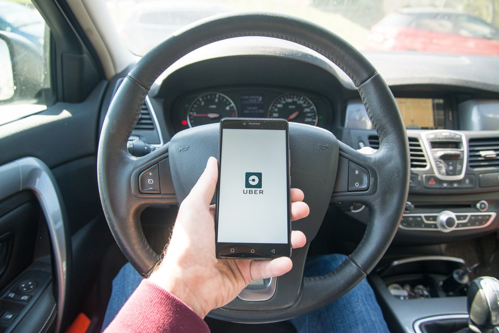 uber-smartphone-car-app-min