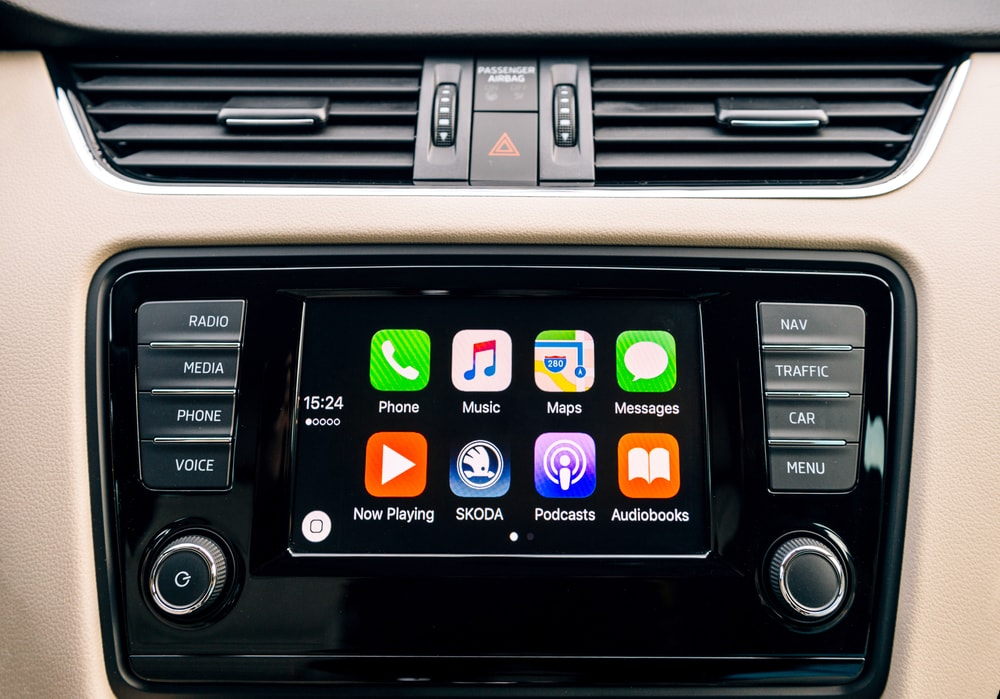 apple carplay hud