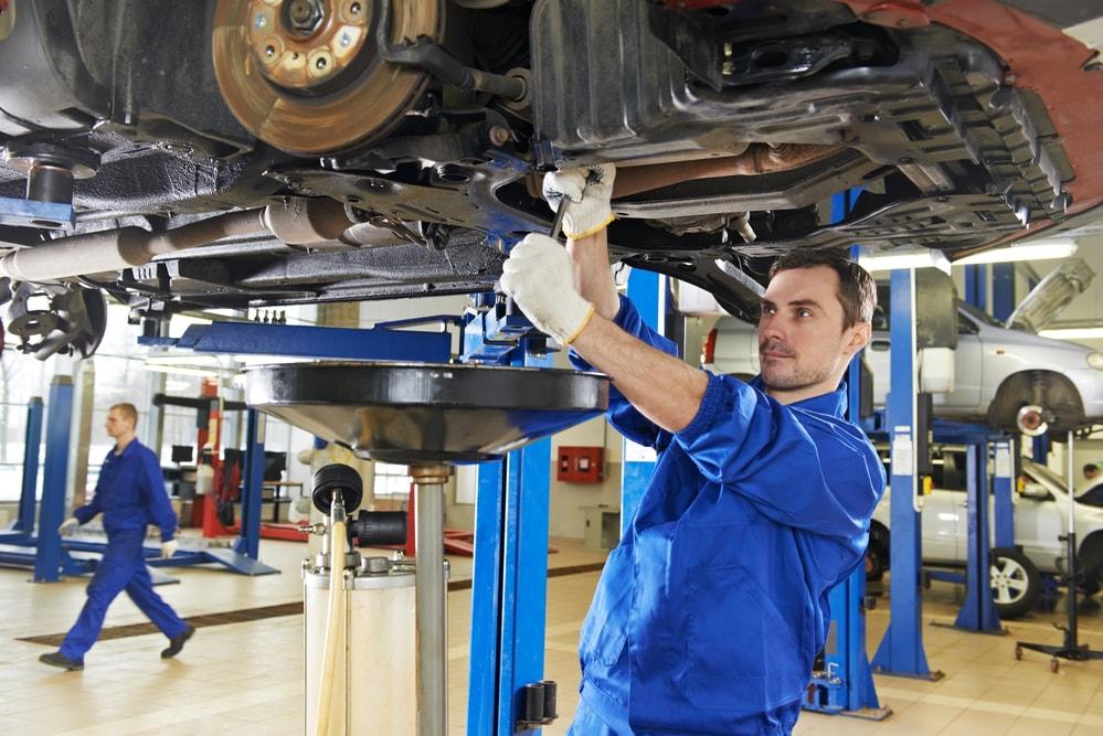 mechanics working at dealerships