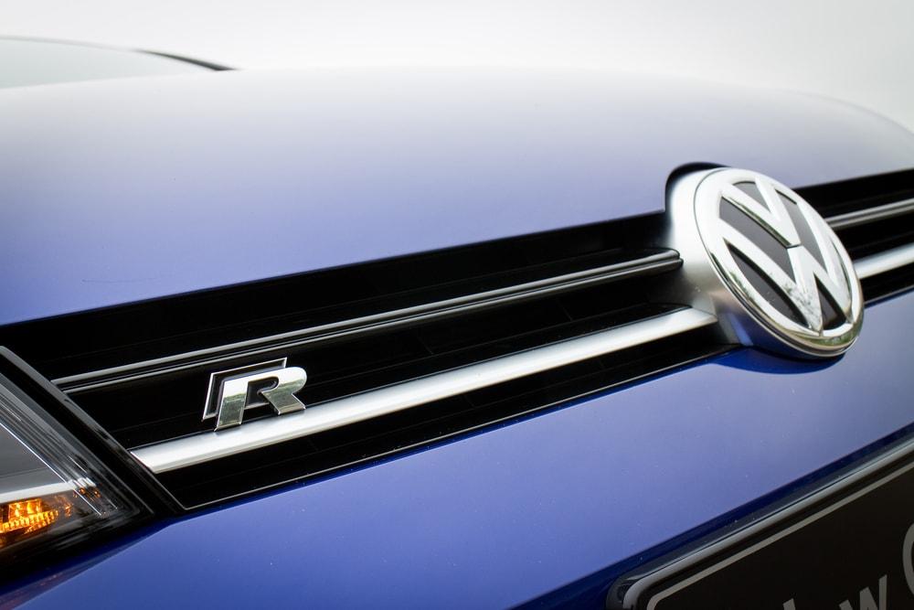 volkswagen r logo