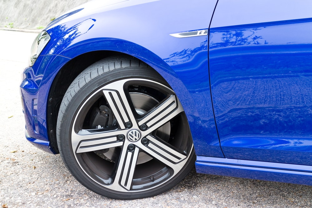 volkswagen golf r wheel