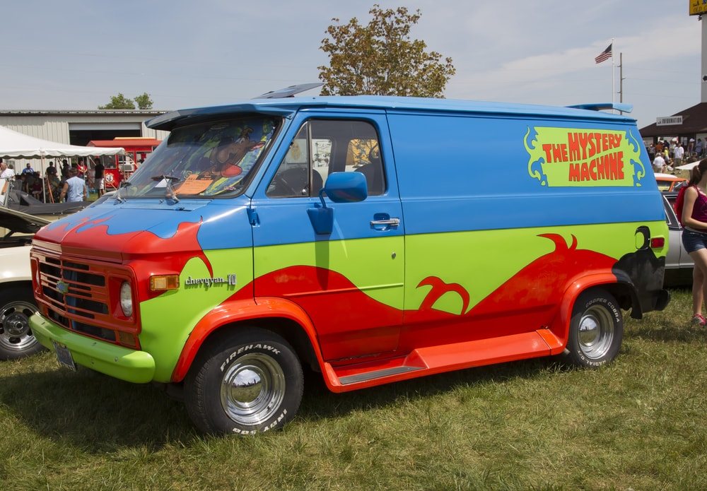 scooby doo mystery machine